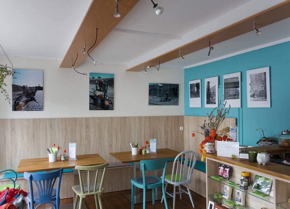 Cafebild 151006 Fotoausstellung 25 J. Wiedervereinigung